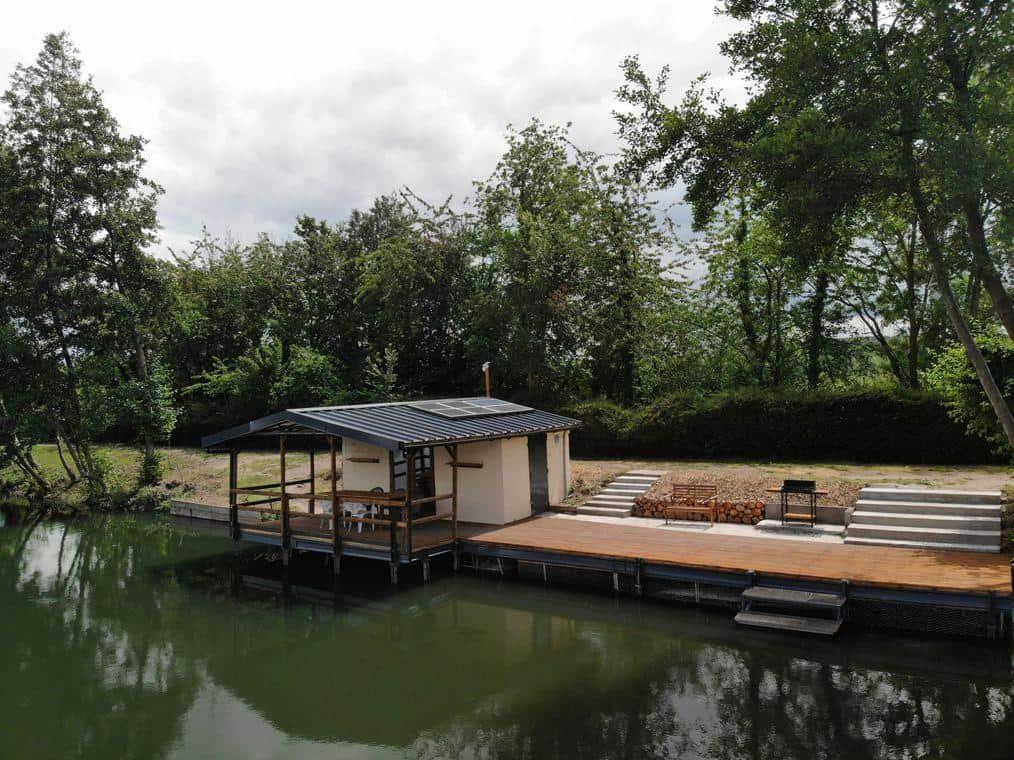 Exclusive Carpfishing lake 7